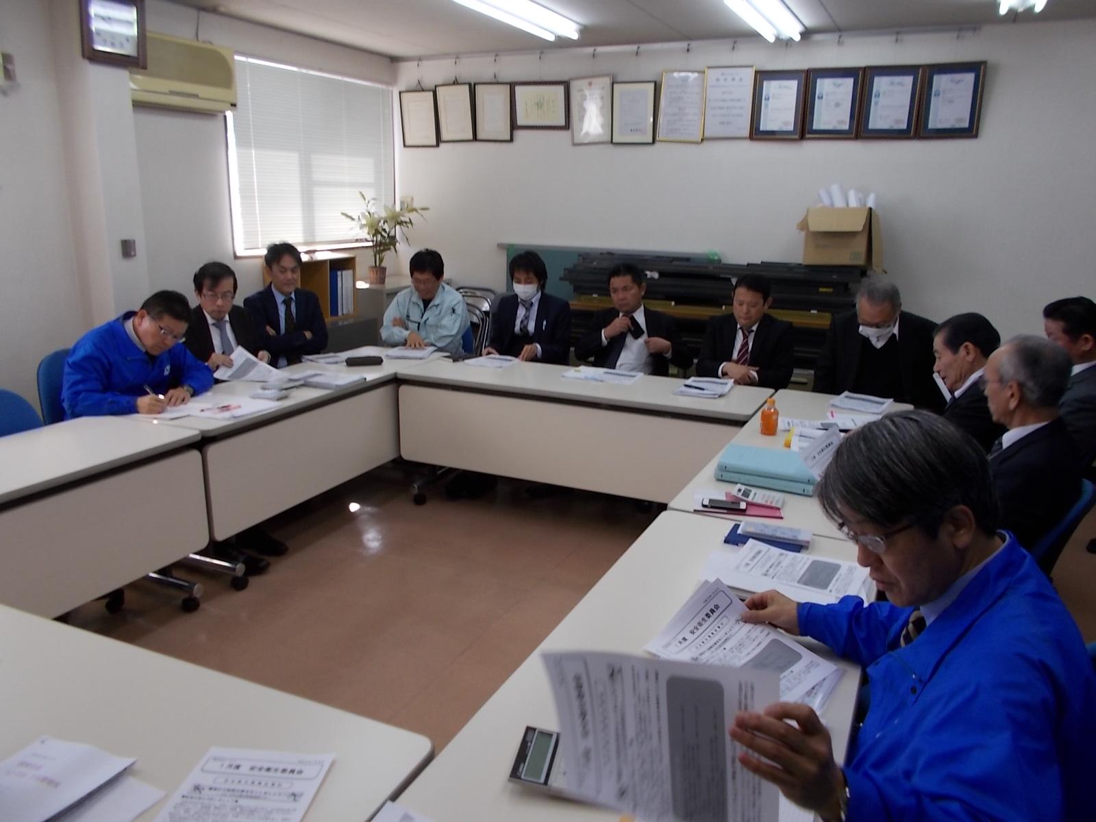 12月営業会議①.JPG