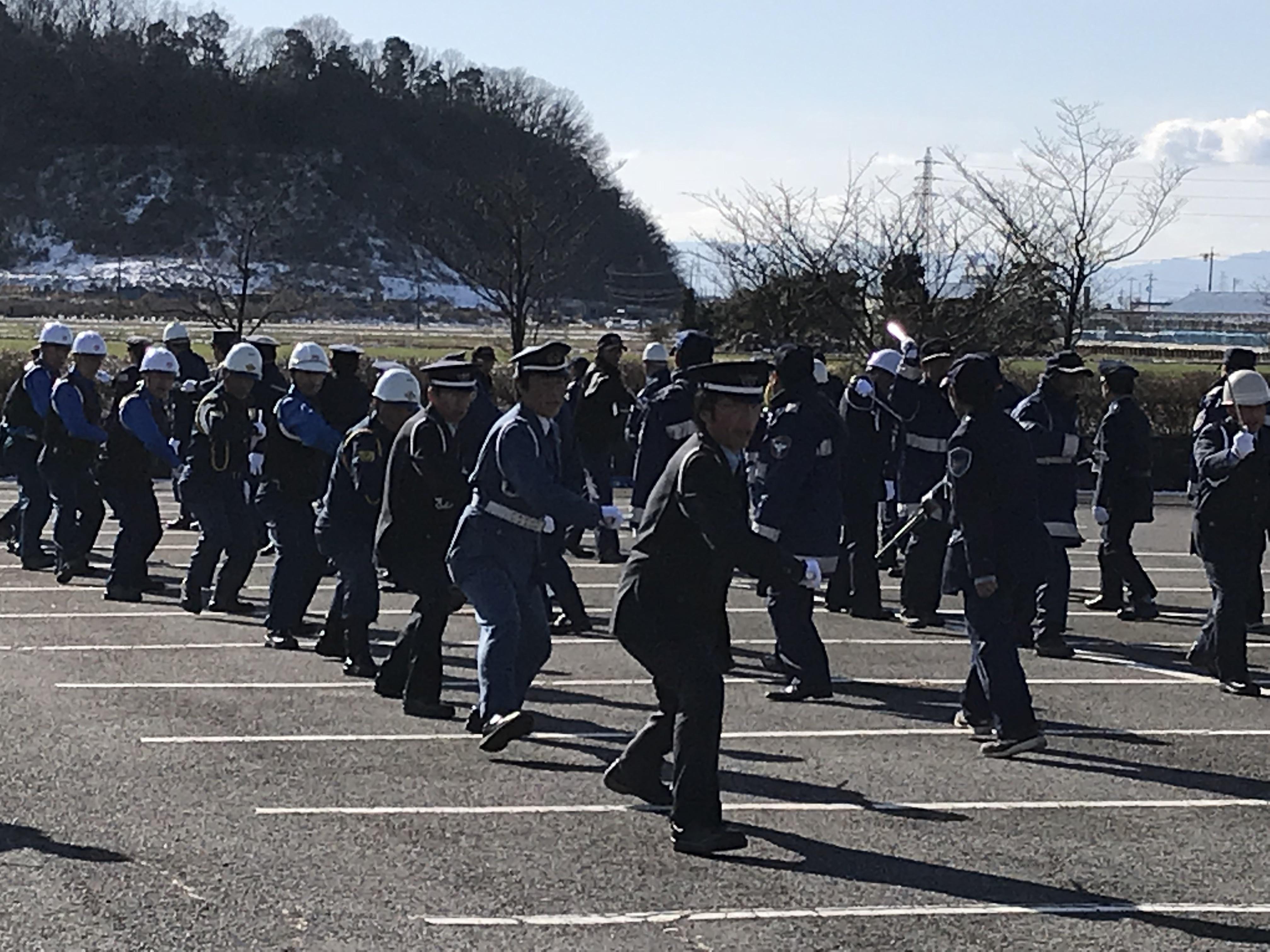 警備員訓練初め式1