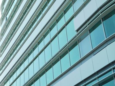 新庁舎清掃_ガラス のコピー.jpg